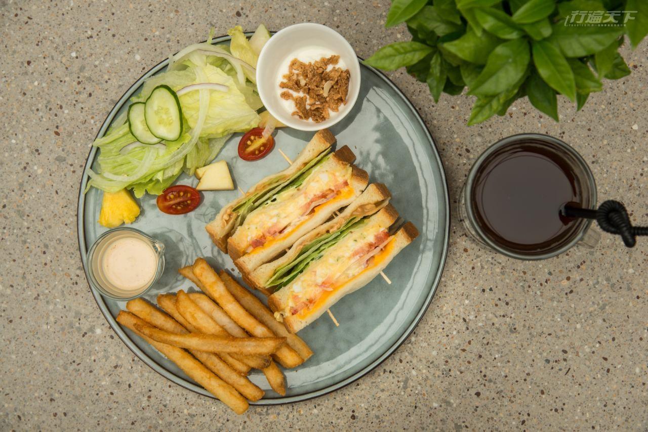 ▲六千金自家製三明治和手沖咖啡,滿足味蕾享受。