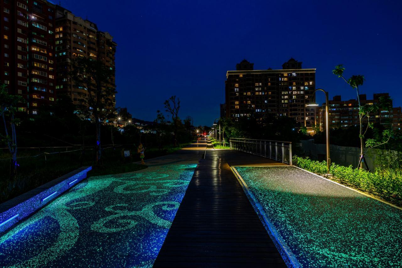 桃園,夜衝,蓄光石星光步道,臺鐵林口線路廊活化