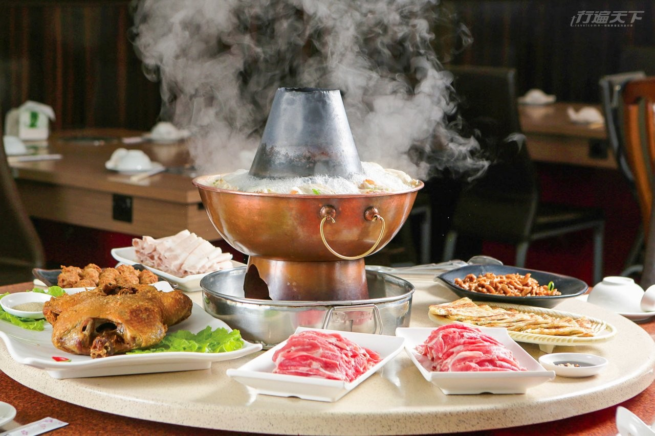 酸白菜鍋,酸白鍋,高雄,鹽埕,涮羊肉,羊羶味,香酥鴨