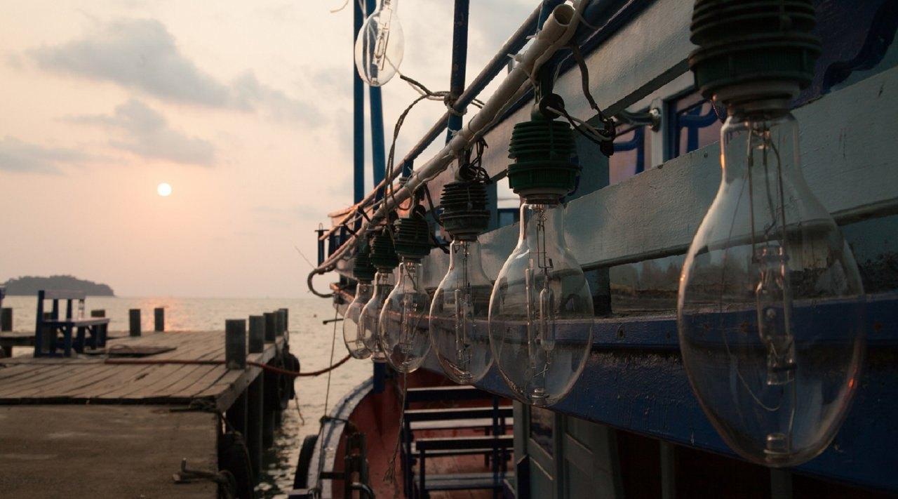 ▲花火節期間來澎湖釣完小管還能直接在船上欣賞煙火,雙重體驗一次享受。