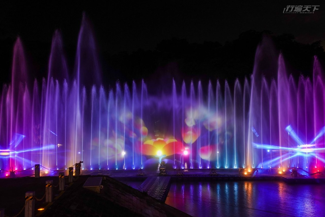 新北旅遊|碧潭水舞3/27登場 2種曲目+大型水幕投影再次絢爛你的眼界