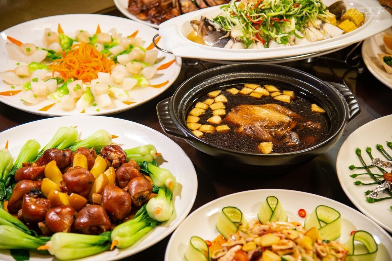 ▲福壽山農場提供的蜜蘋果大餐,是季節限定美味。