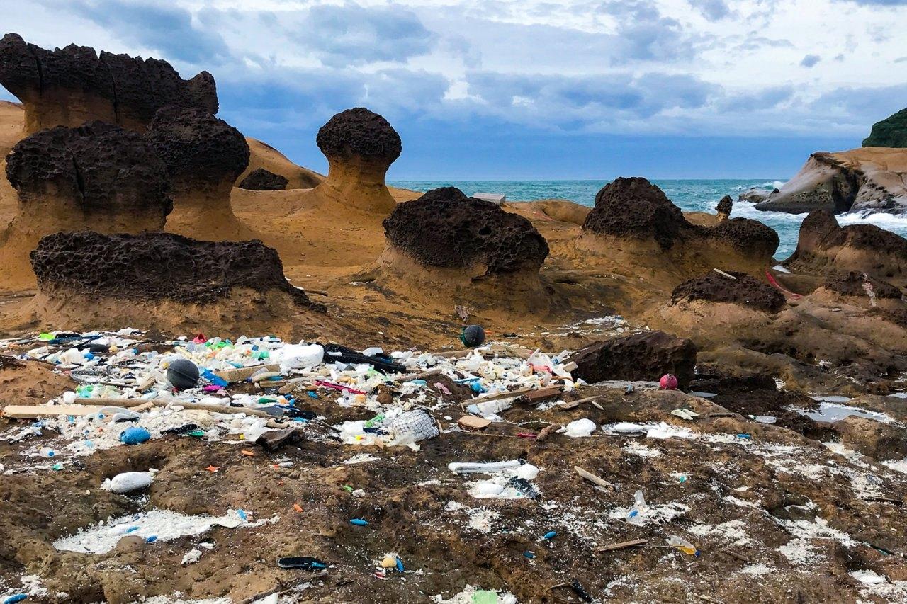 新北旅遊|野柳公園重新開放 動員清理颱風大量垃圾後就能去愛心岩朝聖