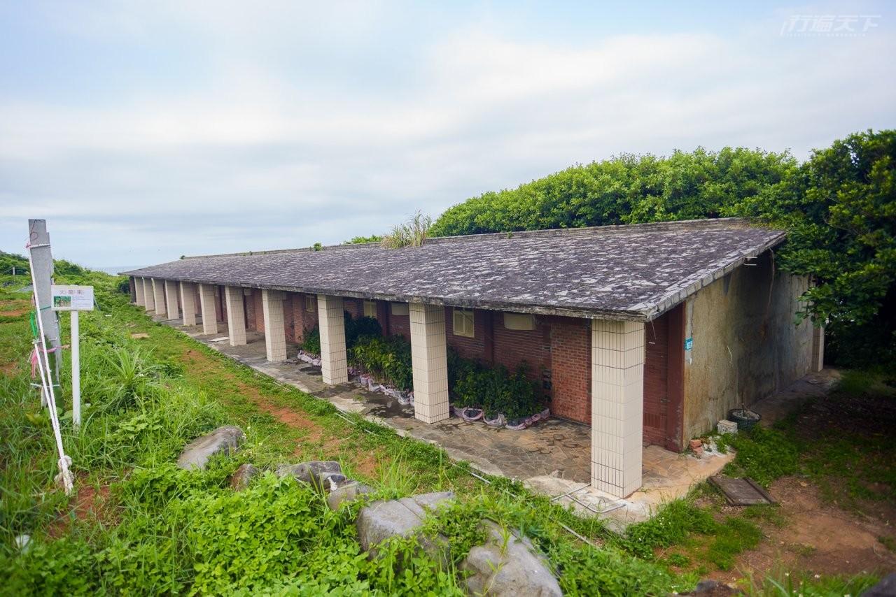 ▲園區中還保留著早期國防部使用的宿舍群。